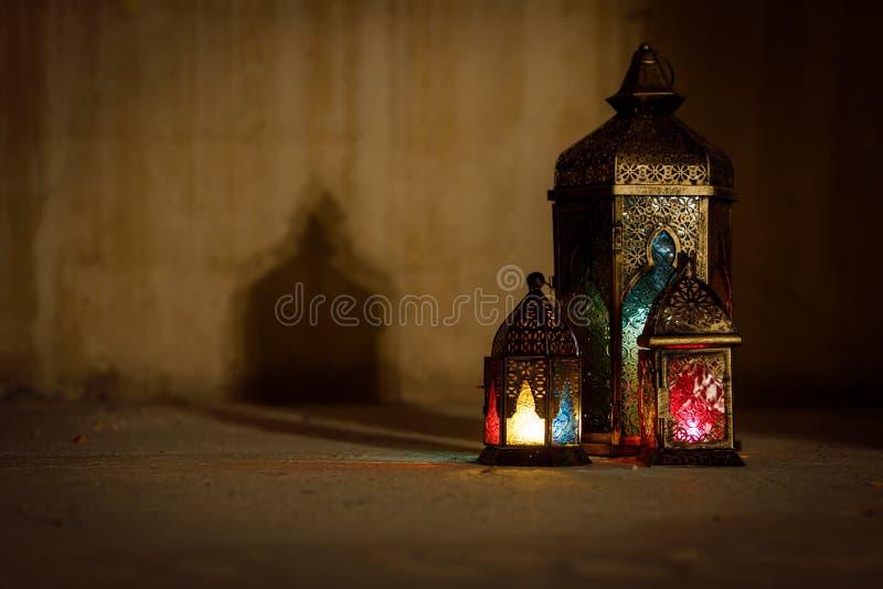 Colourful j?zyka arabskiego Ramadan lampion zdjęcia royalty free
