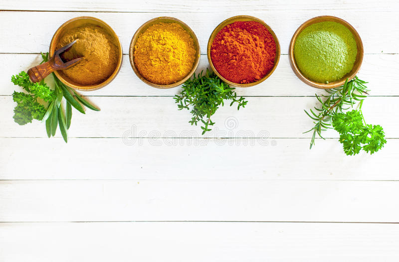 Colourful kulinarne pikantność i ziele obraz stock