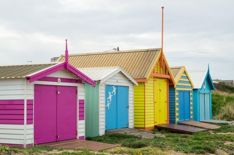 Colourful plażowe budy na Edithvale Wyrzucać na brzeg w Melbourne obraz stock