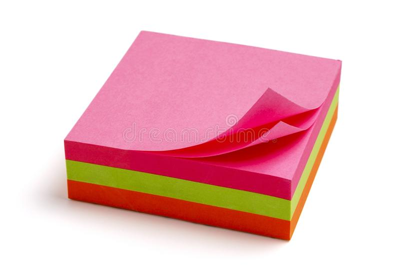 Colourful przypomnienie notatki na białym tle, fotografia royalty free