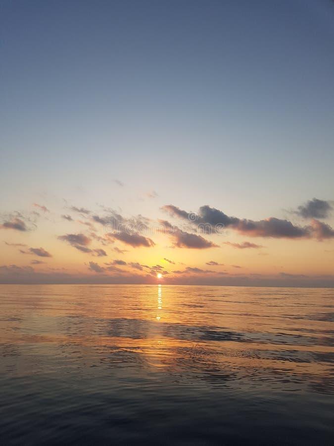 Colourful słońce ustaleni naturalni Maldives fotografia royalty free