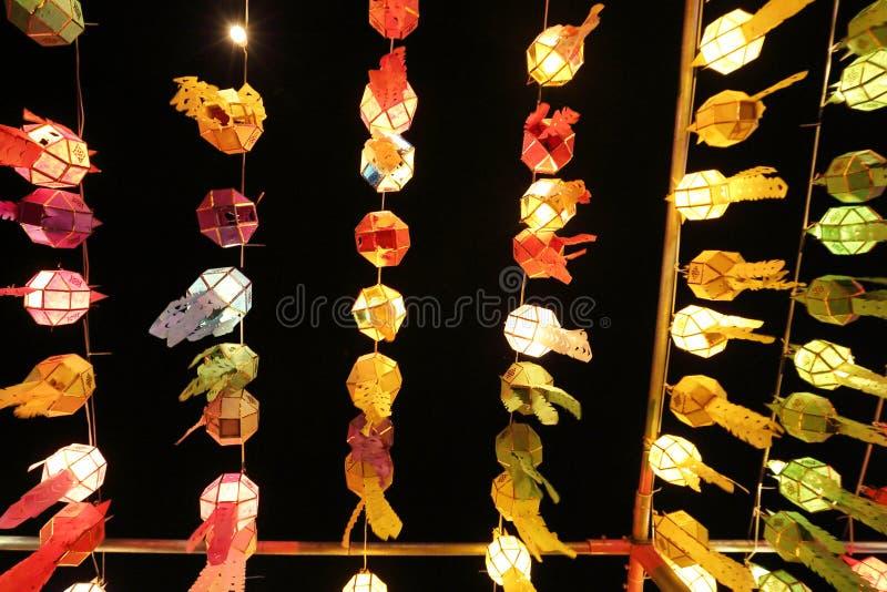Colourful Tajlandzki lampion na niebie zdjęcia stock