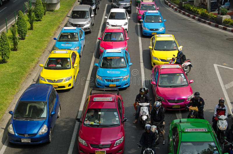 Download Colourful Taxis, Bangkok editorial photo. Image of colour - 35159676