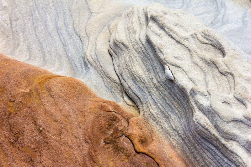 Colours i wzory w rockowej formacji, Słodkowodna zatoka, Sydney, Australia zdjęcia royalty free
