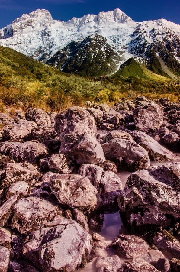Colours natura, Malujący bóg, dziwki doliny ślad, Aoraki, góra Cook, Nowa Zelandia obrazy royalty free