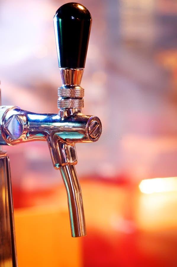 Colpetto della birra immagine stock