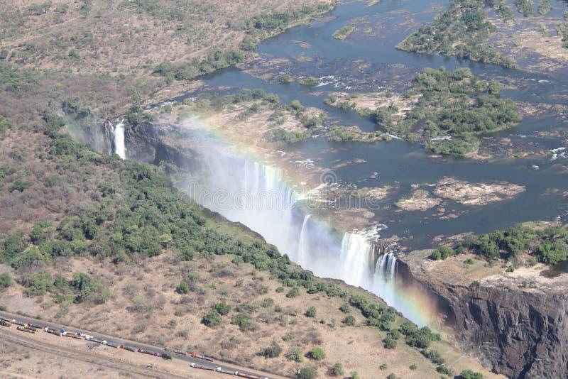 Colpi aerei della cascata di Victoria Falls dall'elicottero fotografie stock