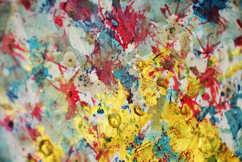Colpi cerei scintillanti del fondo e della spazzola dei punti dell'oro viola pastello, tonalità, punti immagini stock