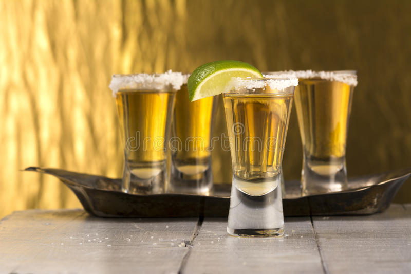 Colpi di tequila di Ripasso immagine stock