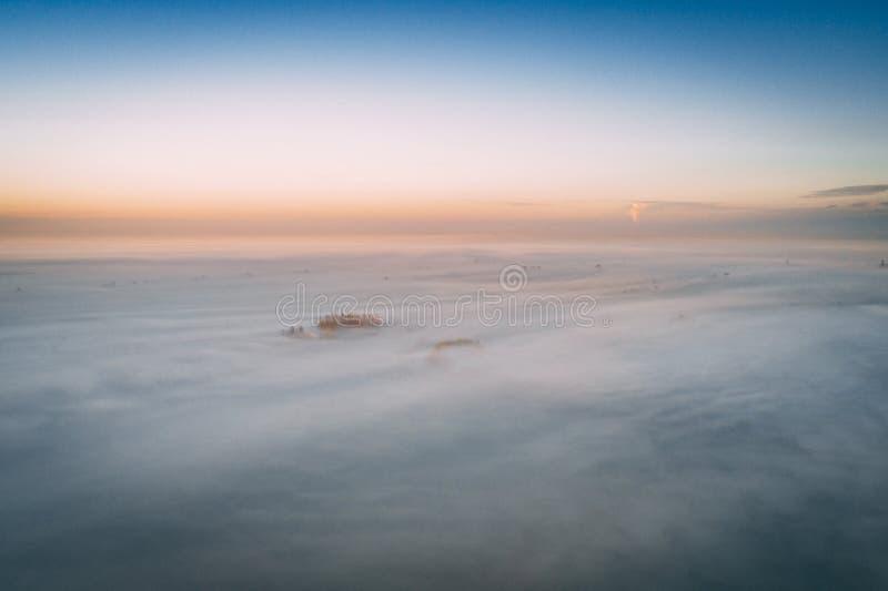 Colpo aereo delle nubi fotografie stock
