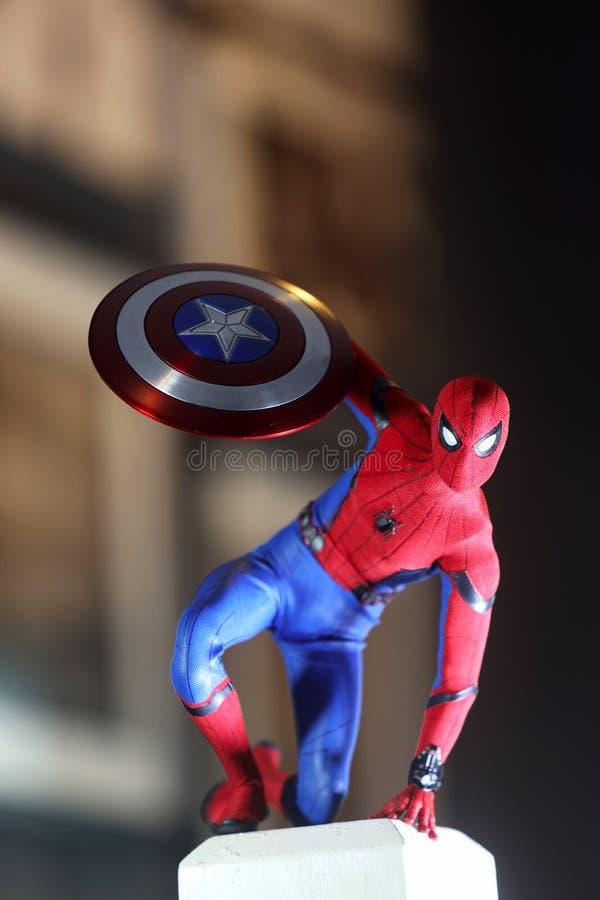 Colpo alto vicino dello Spiderman, figura di superheros fotografia stock libera da diritti