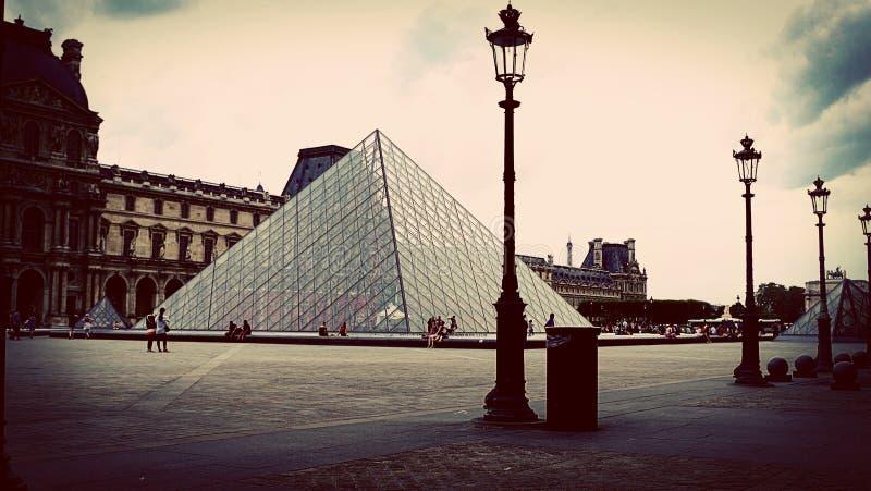 Colpo d'annata del museo del Louvre, Parigi, Francia fotografie stock libere da diritti