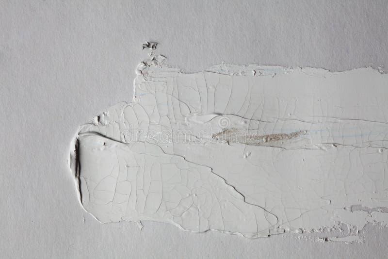 Colpo grigio della spazzola sulla parete grigia fotografia stock libera da diritti