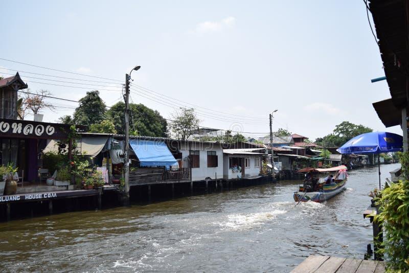 Colpo Luang, Bangkok Tailandia di Klong fotografia stock