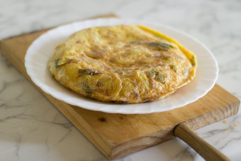 Colpo spagnolo dell'omelette della patata fotografie stock