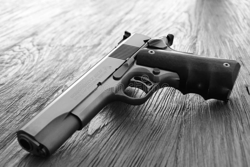 colt 45 pistola da série 80 imagem de stock royalty free