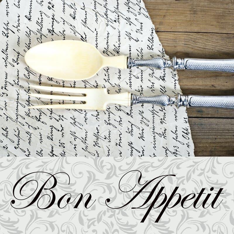 Coltelleria pranzante d'annata e vecchia lettera immagini stock libere da diritti