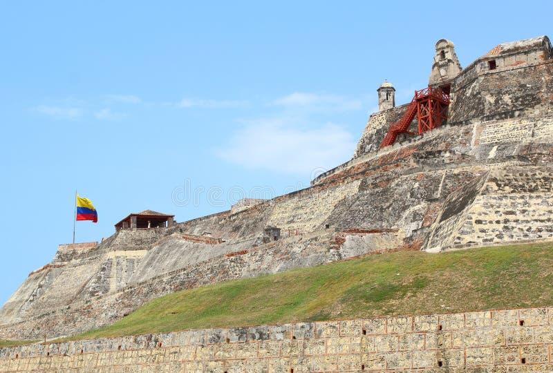 Columbiaanse vlag, Castillo San Felipe in Cartagena, Colombia stock foto's