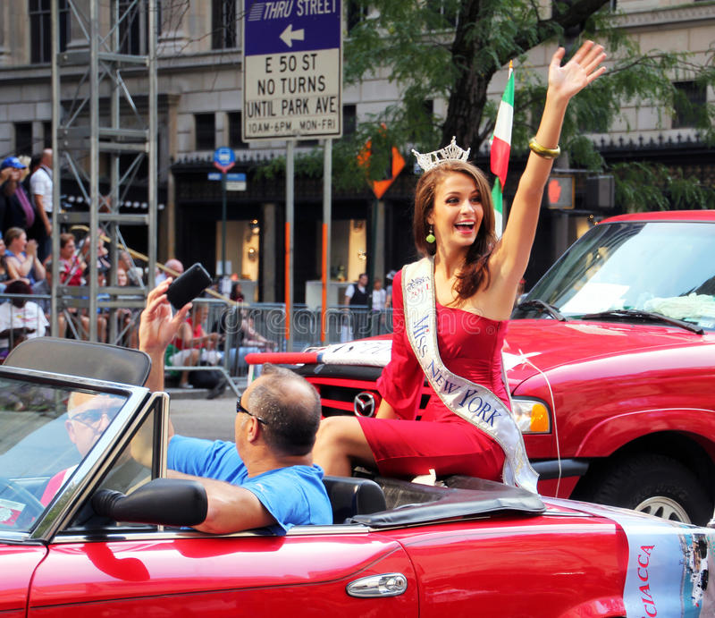 Download Columbus Day Parade editorial photo. Image of entertainment - 21538301