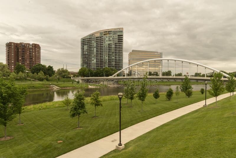 Columbus Ohio, puente de la calle principal foto de archivo libre de regalías