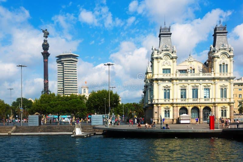 Columbus-Statue am Hafen Vell in Barcelona lizenzfreies stockbild