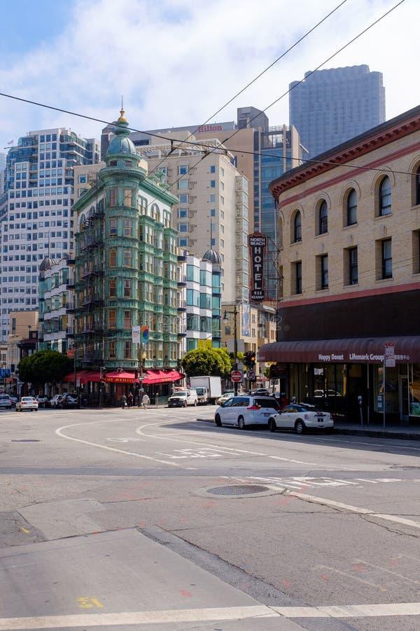 Columbus Tower in San Francisco van de binnenstad royalty-vrije stock fotografie