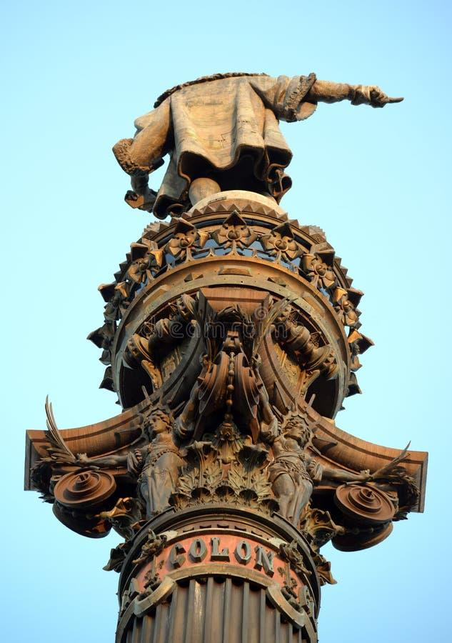 Columna de Columbus en el habour de Barcelona con los altos detalles fotografía de archivo
