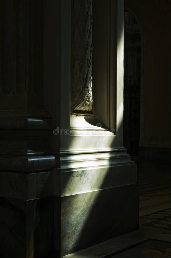 Columna de la sombra foto de archivo
