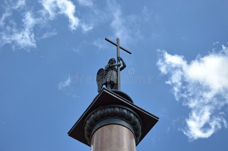 Columna de Michael del arcángel imágenes de archivo libres de regalías