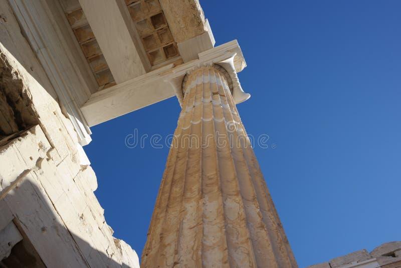 Columnas de la acrópolis, Atenas imagen de archivo libre de regalías
