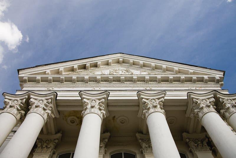 Columnas del edificio fotografía de archivo libre de regalías