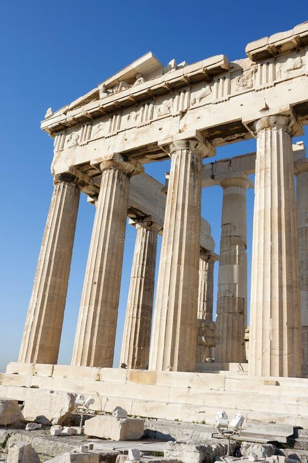 Columnas del Parthenon en la acrópolis de Atenas imagen de archivo