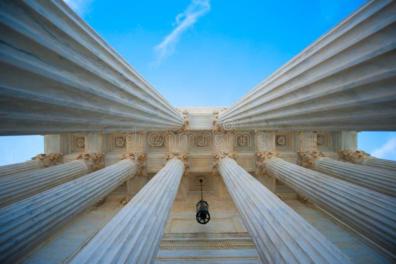 Columnas en U S Tribunal Supremo imágenes de archivo libres de regalías
