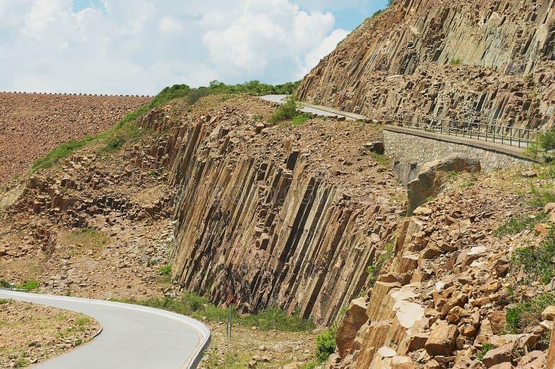 Columnas hexagonales del origen volcánico en Hong Kong Global Geopark en Hong Kong, China imagen de archivo