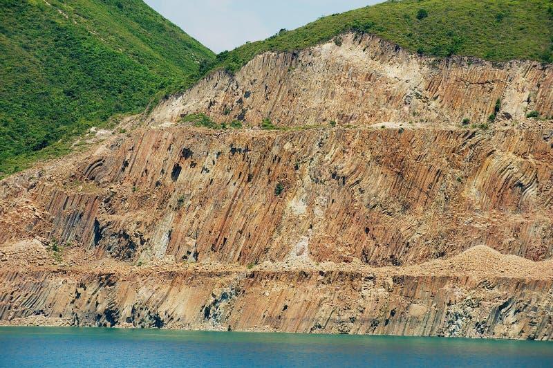 Columnas hexagonales del origen volcánico en Hong Kong Global Geopark de China en Hong Kong, China imagen de archivo