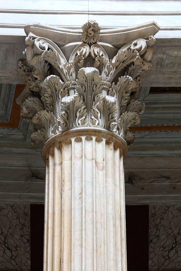 Columnas romanas imagen de archivo libre de regalías