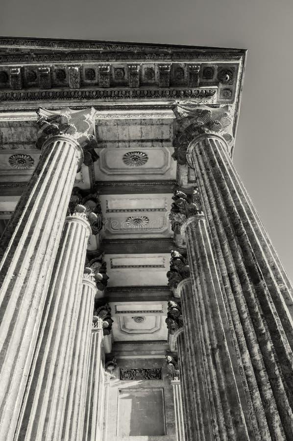 Columnata de la catedral de Kazán en St Petersburg, Rusia Fondo de la arquitectura de St Petersburg en tonos de la sepia imagen de archivo libre de regalías