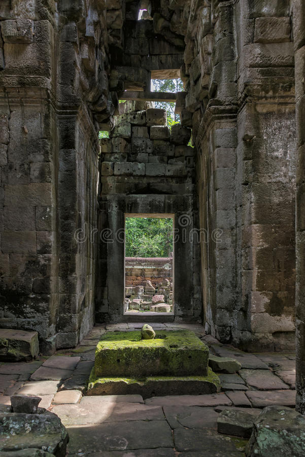 Free Columns And Arches, Angkor Wat, Cambodia Royalty Free Stock Image - 78586046
