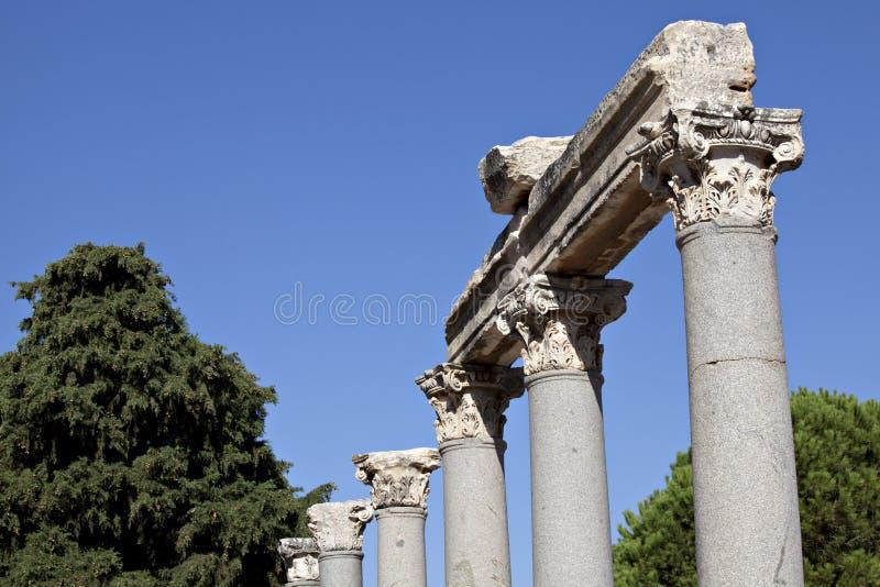 Colums Dans La Porte Occidentale De L Agora Image stock