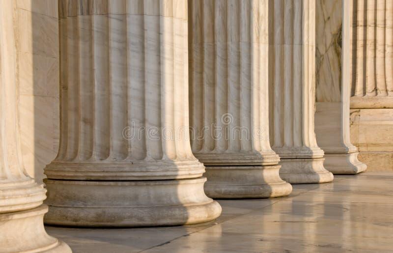 Colums en una fila foto de archivo