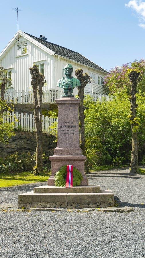 Coluna com busto Anton Martin Schweigaard imagens de stock