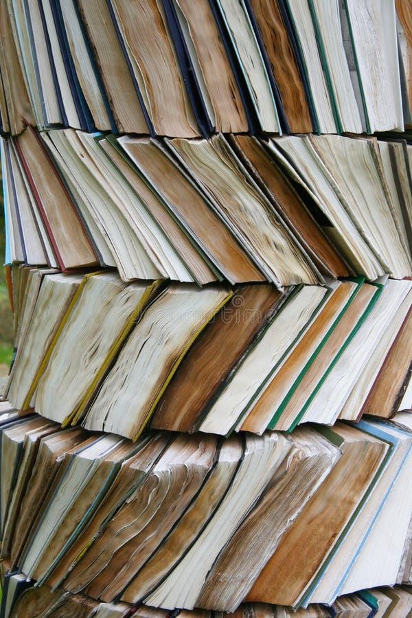Coluna do livro velho fotografia de stock royalty free
