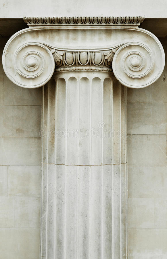 Coluna iónica fotografia de stock royalty free