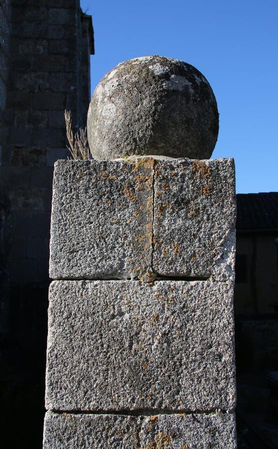 Coluna medieval, departamento de Haute-Vienne de Limousin foto de stock