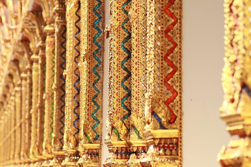 Coluna tailandesa do templo imagem de stock royalty free