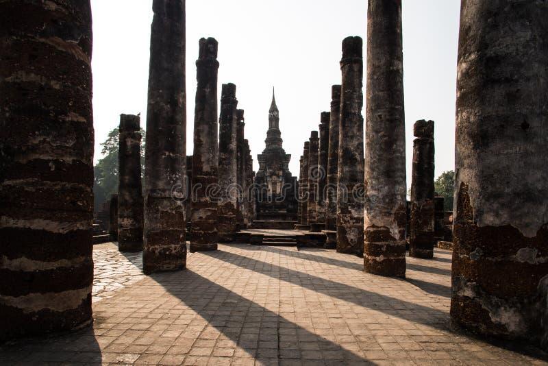 Coluna velha e pagode velho imagens de stock royalty free