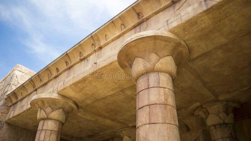 Download Colunas arquitetónicas foto de stock. Imagem de antigo - 65581432