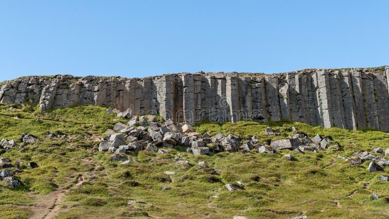 Colunas de Gerduberg basalt na Península de Snaefellsnes, Islândia imagem de stock