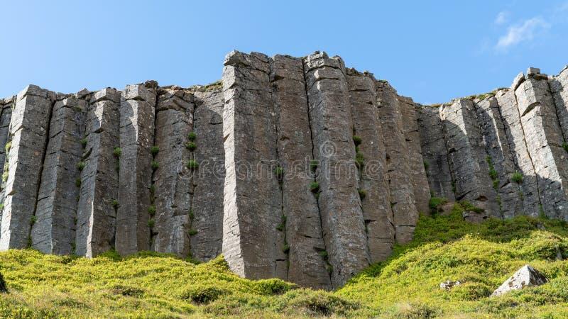 Colunas de Gerduberg basalt na Península de Snaefellsnes, Islândia imagens de stock