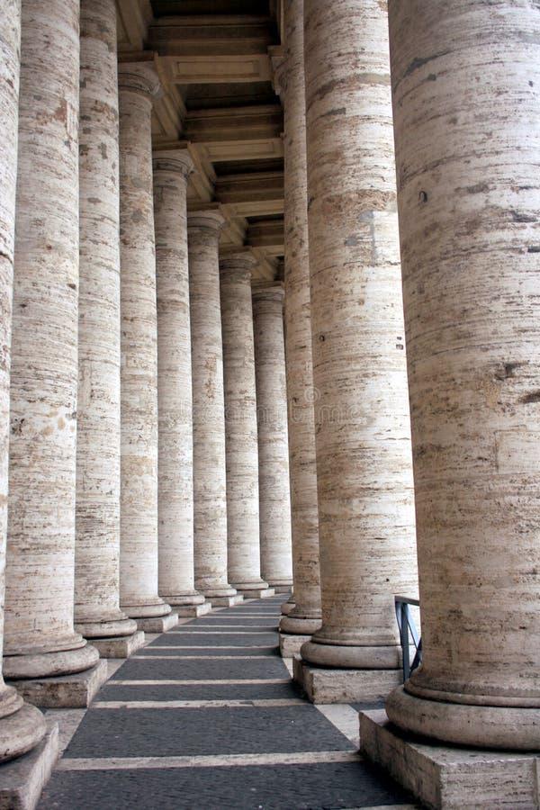 Colunas de San Pietro da praça imagens de stock